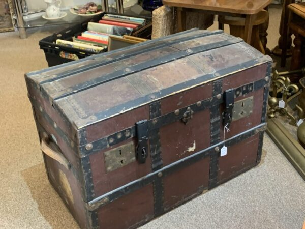 Wooden dombed chest scaled